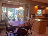 Canadel Birch round table w/ 6 Ethan Allen chairs