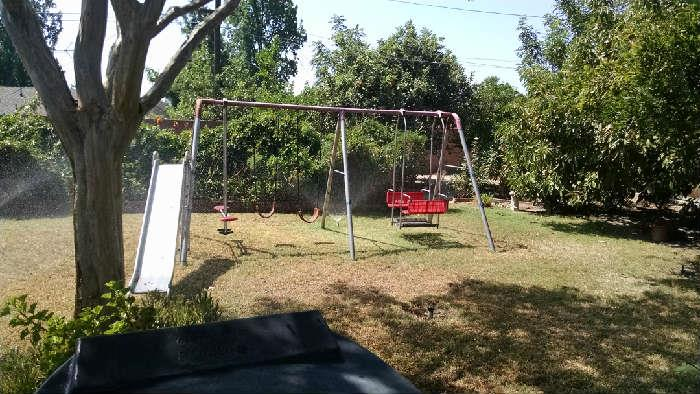 swingset in great shape