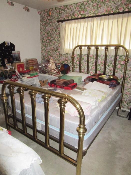 nice full size brass bed
