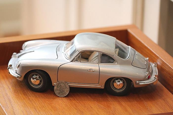 die cast model 1961 Porsche, made in Italy
