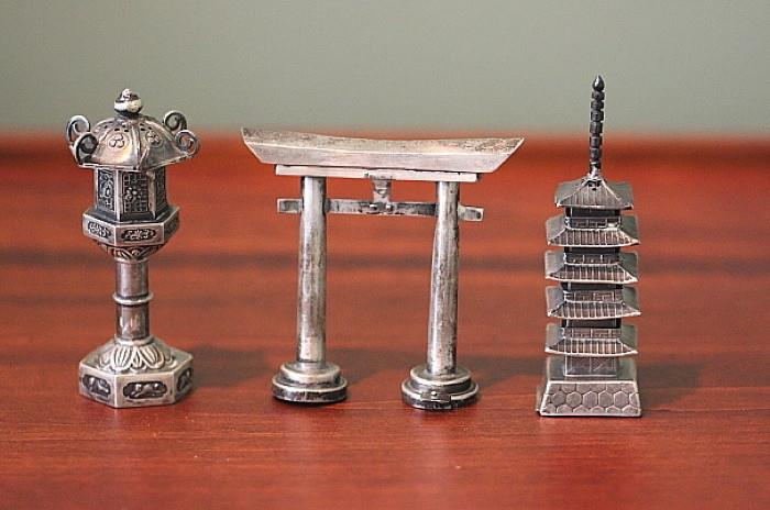 sterling silver salt & pepper miniatures