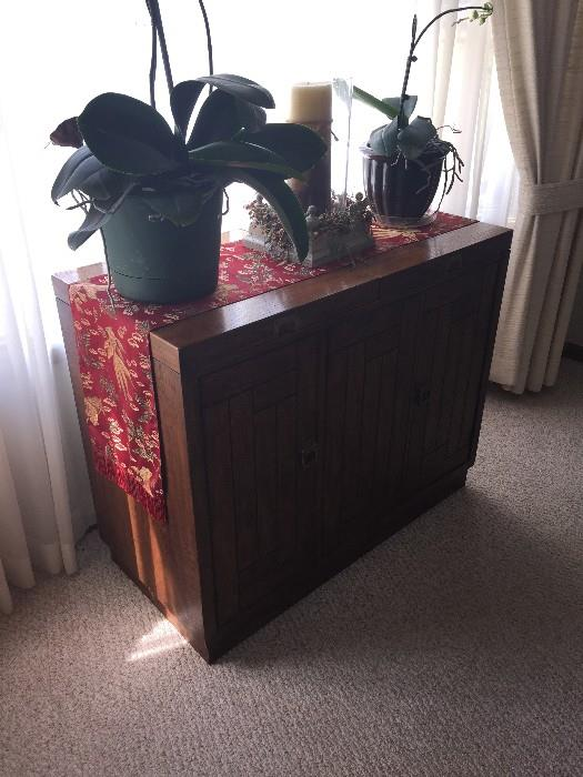 DREXEL BUFFET CABINET WITH SLIDE OUT SIDES