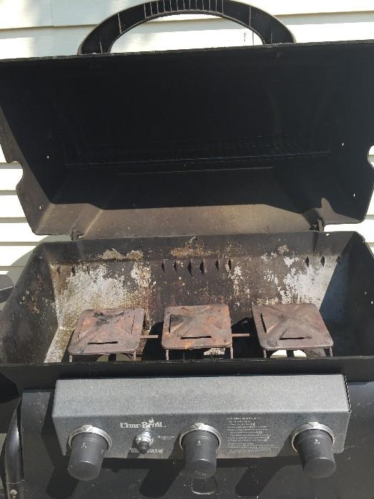 CHARBROIL BBQ GRILL