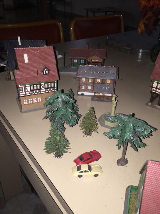 KIBRI MODEL HOMES , TREES, CARS
