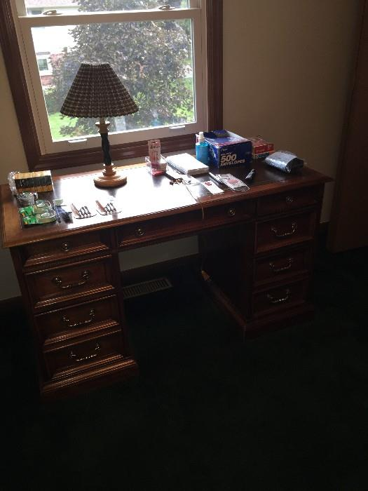 NATIONAL MT. AIRY WOODEN DESK WITH LEATHER TOP