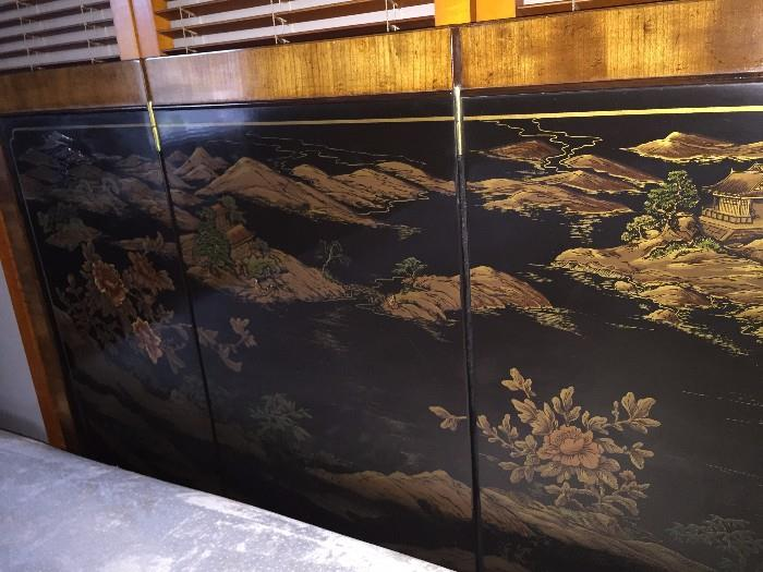 ASTONISHING ASIAN MOTIF HAND-PAINTED LACQUER QUEEN SIZE HEADBOAD
