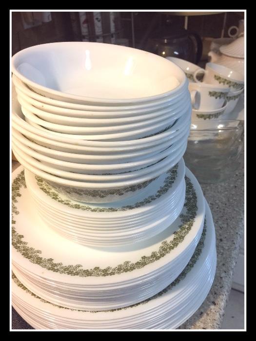 Corelle dish set