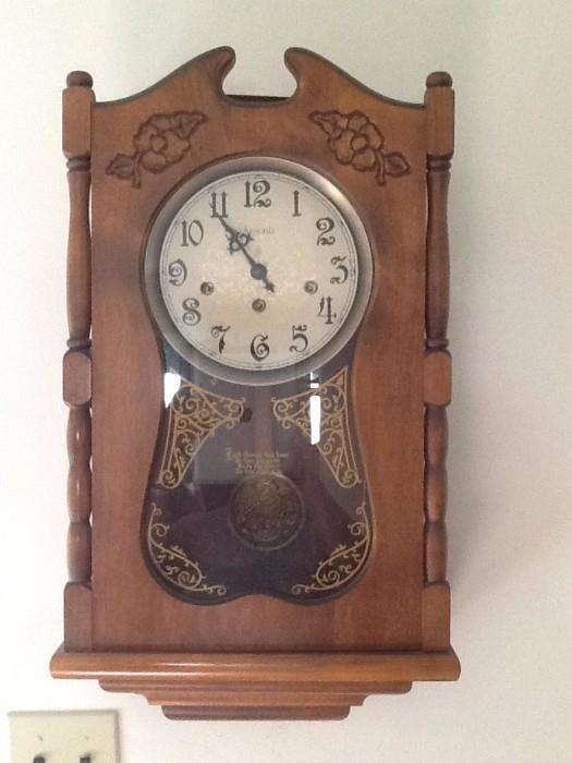 Antique and vintage clocks