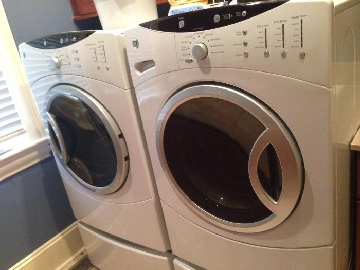 GE front-load washer & gas dryer