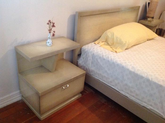 Retro bedroom set includes end tables, head & foot boards.....also mirror and 2 dressers.