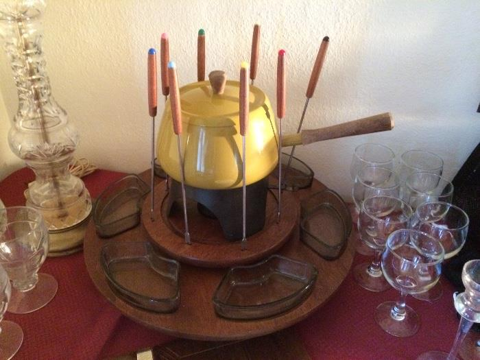COMPLETE Fondue Set, Wine Glasses, & More
