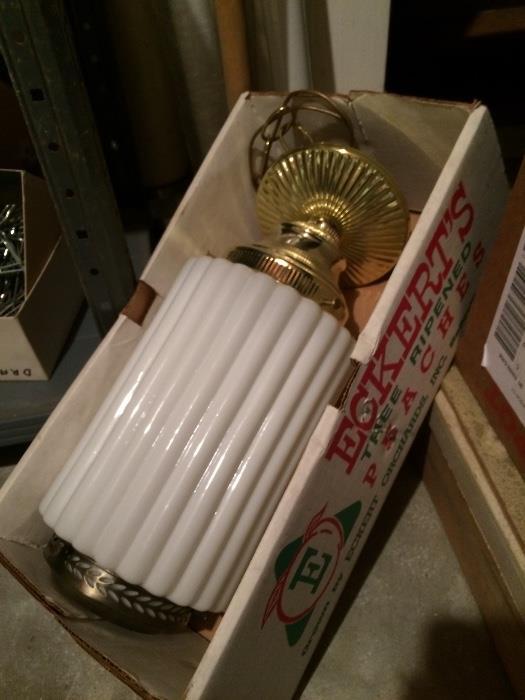 Vintage Hanging Swag Lamp (Gorgeous!)
