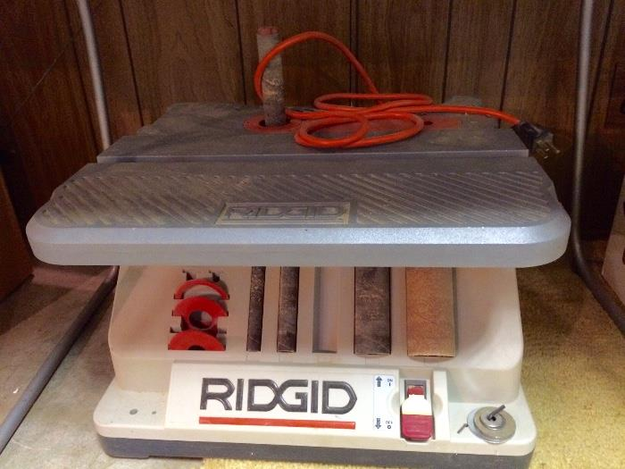 Ridgid Oscillating Table Sander