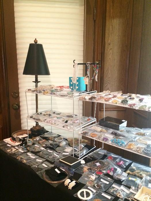 Many pieces of costume jewelry