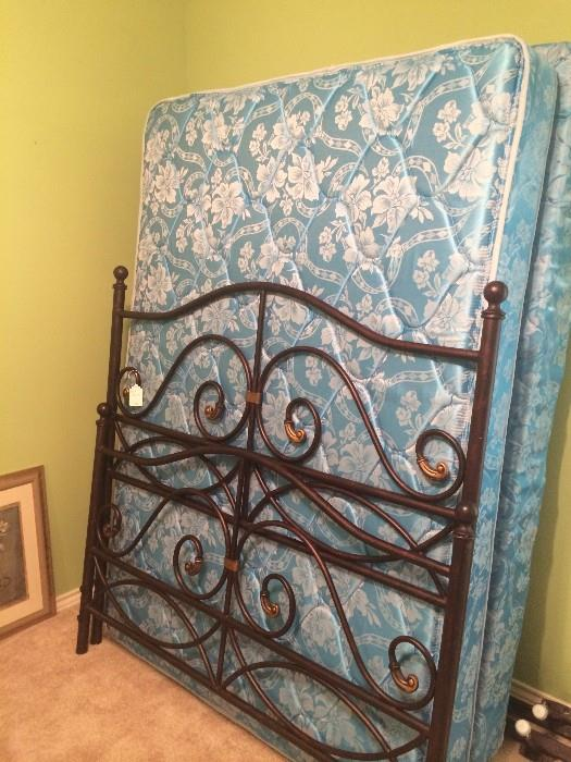 Queen bed headboard & footboard