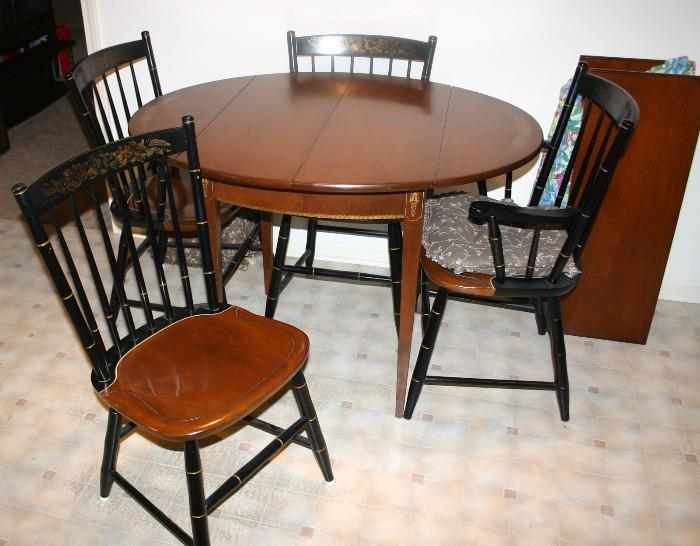 French Provincial Table w/ 4 Chairs, 2 Leaves & Pads
