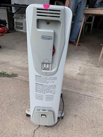 DeLonghi Electric Radiator Lot #187