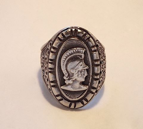 Vintage Hand Cast Mens Ring w/ Roman Soldier, 11