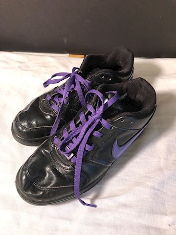 Blk leather Nike Air running shoes, pre-owned 7.5