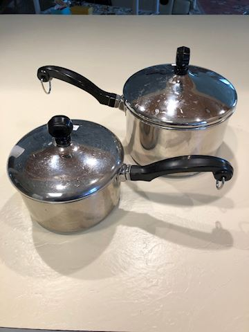 Farberware saucepan set/2