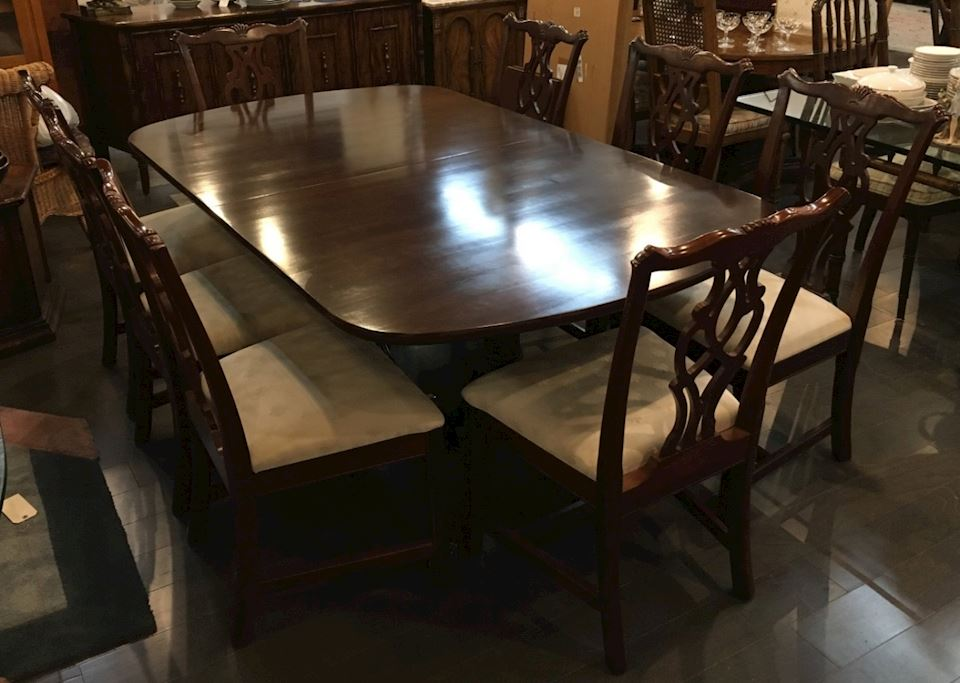Cherry Wood Dining Room Table With 8 Chairs