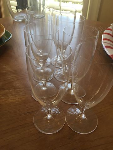 Set of 8 Wine Glasses