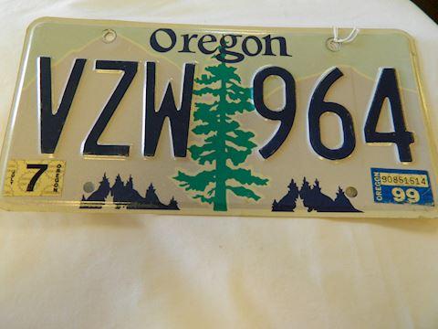 1999 Oregon License Plate