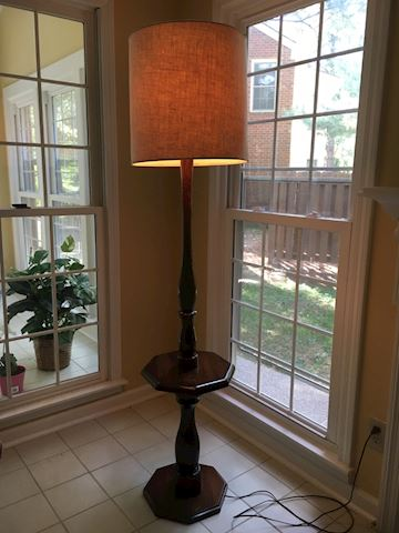 Lamp Table/Table Lamp