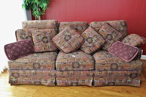 Sherrill Upholstered Sofa With Pillows