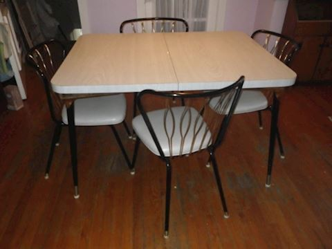 Mid Century Table and 4 Chairs