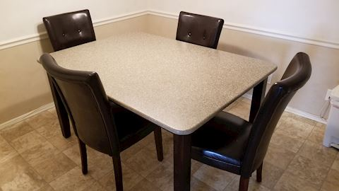 Practical good looking kitchen table and chairs