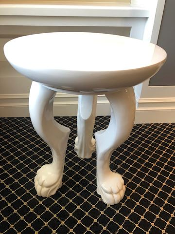 Round side table with paw feet