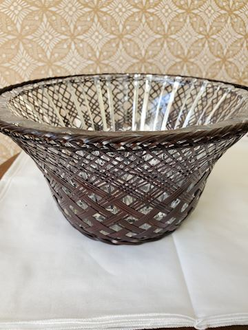 Fluted crystal bowl with basket