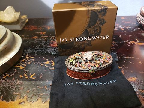 JAY STRONGWATER TRINKET BOX  W/FROG IN GIFT BOX