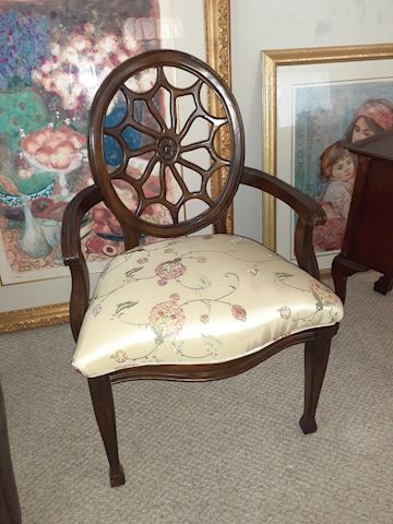 Spider Web Back Style Chair