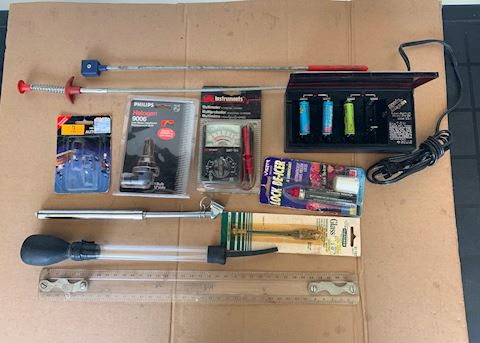 Rechargeable battery charger Misc tools Lot # 193