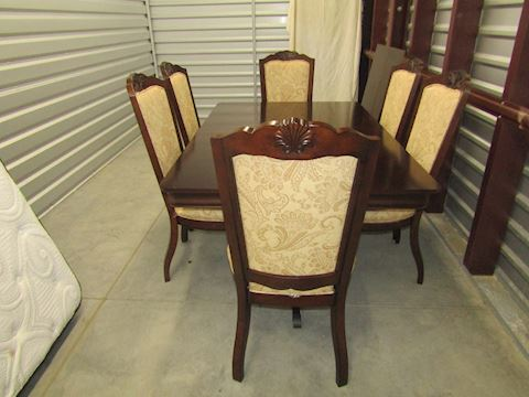 Formal Dine Set with 6 chairs and 2 leaves