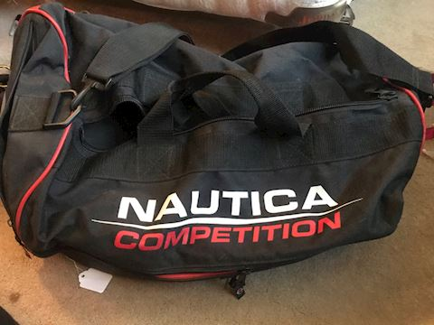 NAUTICA COMPETITION athletic bag
