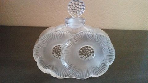LALIQUE CRYSTAL TWO FLOWERS  PERFUME BOTTLE