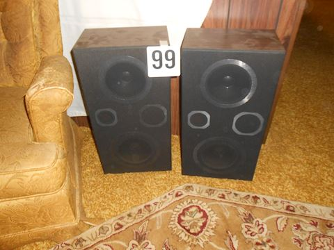 Lot #99 pair of speakers