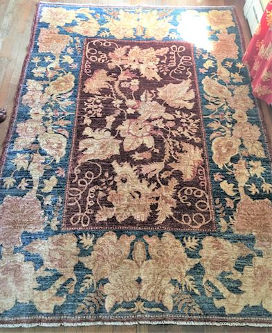 Hand Made Woven Wool Area Rug Grapevines