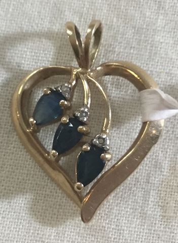 10kt Gold Heart Necklace Pendant