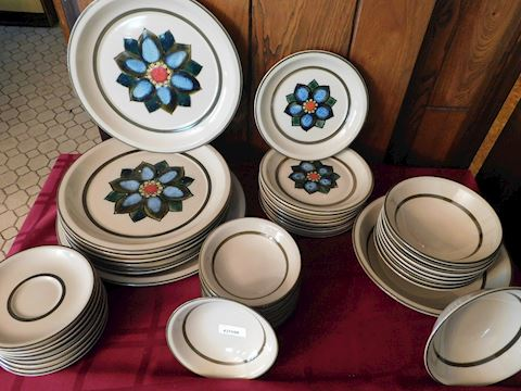 108 Dish Set by Montgomery Ward