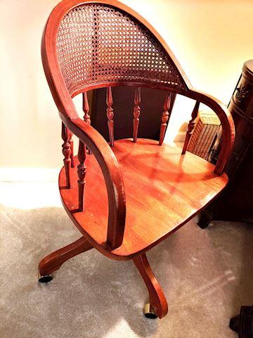 Swivel Chair Oak Wood