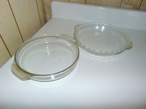 Vintage Glass and Ceramic Pie Plates