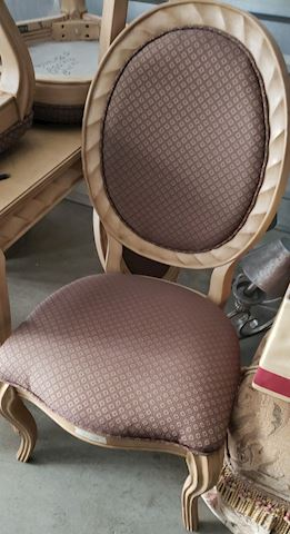 Bernhardt Chairs/Table Set