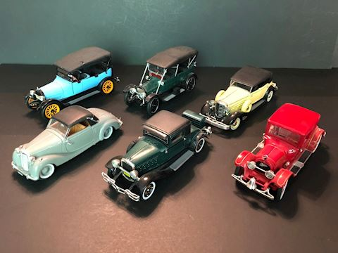 Collectible Diecast Signature Models Cars - Lot B