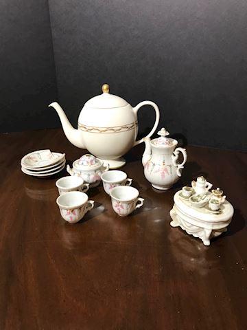 Liv.  536.  16 Pc Mini. Tea Set