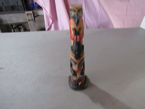 SMALL TRIBAL TOTEM POLE
