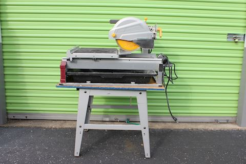 Chicago Electric 2.5 HP Industrial Tile/Brick Saw
